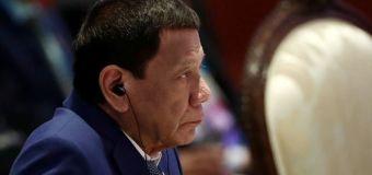 Philippines keeps one meter social distancing rule