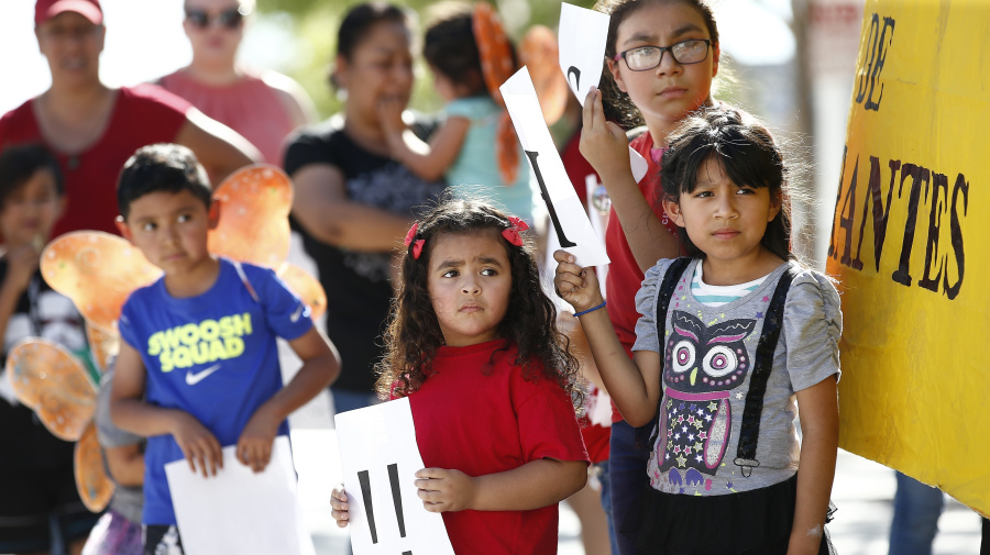 Report: More migrant kids may have been separated