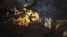 Buscan a tres espeleólogas catalanas en una cueva de Arredondo (Cantabria)