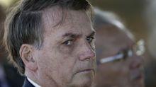 Jair Bolsonaro cita abuso de autoridade e participa de ato contrariando recomendações