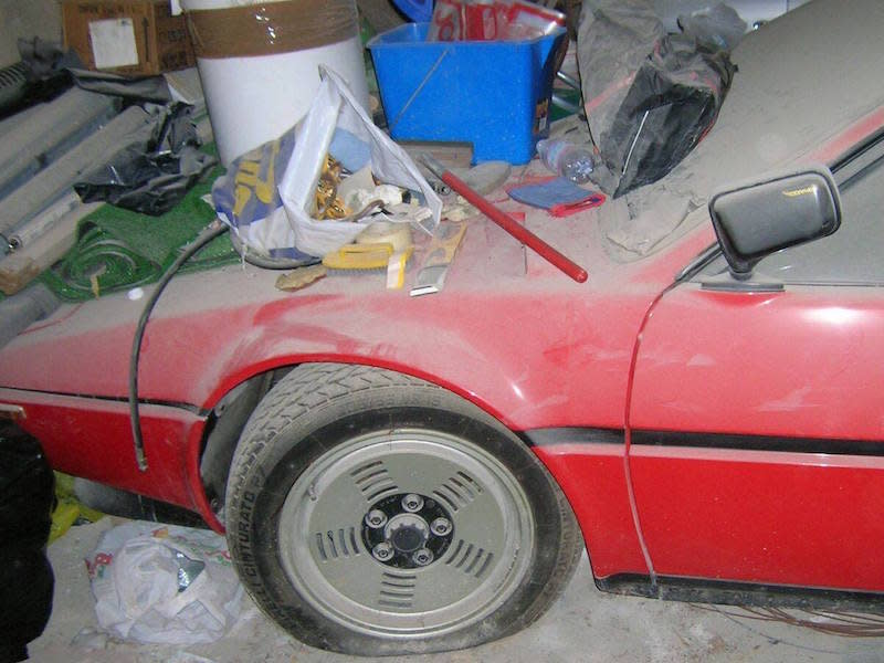 BMW M1 Barn Find Emerges After 34 Years in Storage