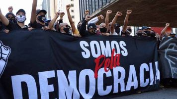 Pela democracia! Torcidas de Corinthians e Palmeiras explicam protestos e prometem mais atos