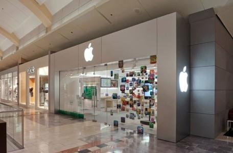 Apple Store remodel to introduce two-row Genius Bar
