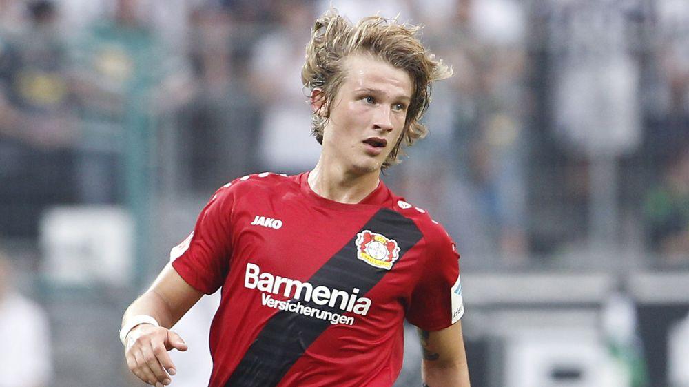 Leverkusen-Verteidiger Jedvaj stellt Negativ-Rekord auf