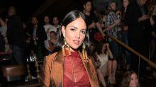 Eiza González luce espectacular con este look ochentero; ¡mira sus fotos!