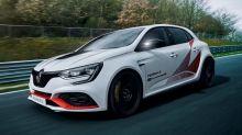 Renault Megane R.S. Trophy-R takes Nurburgring record from Honda Civic Type R