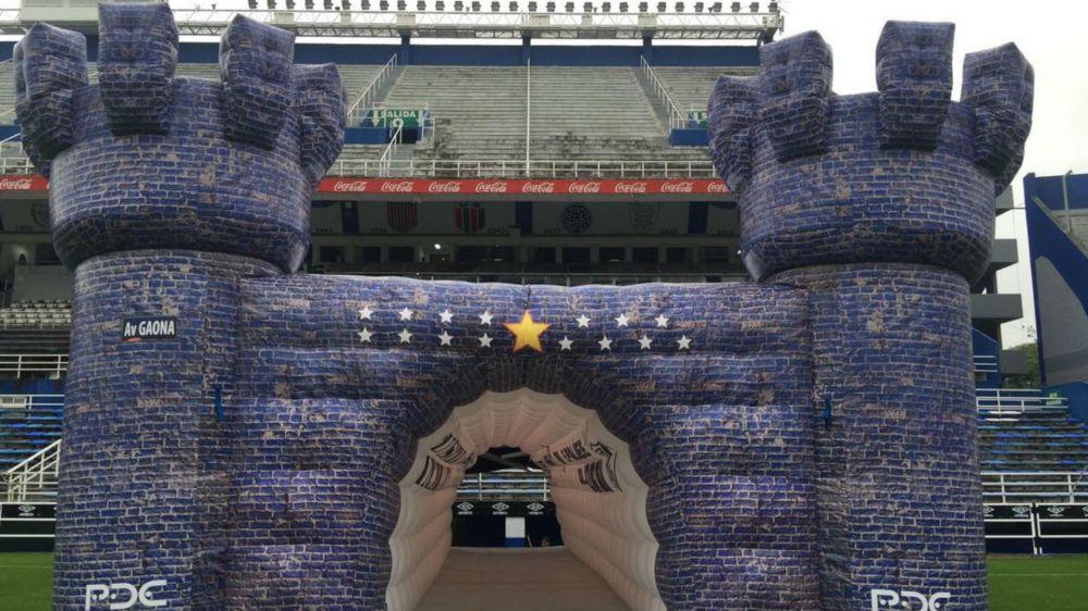 Ante Vélez, Boca atravesó un fortín