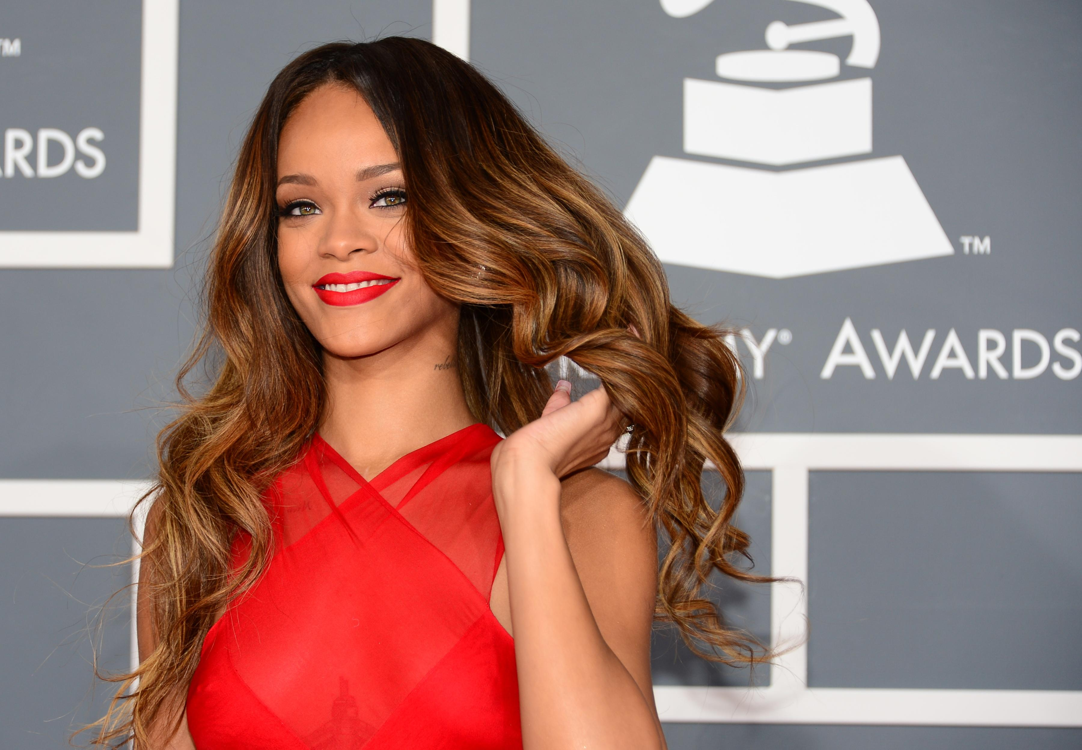 Rihanna on January 22, 2015 won her legal battle against clothes retailer Topshop over the use of her image on a t-shirt
