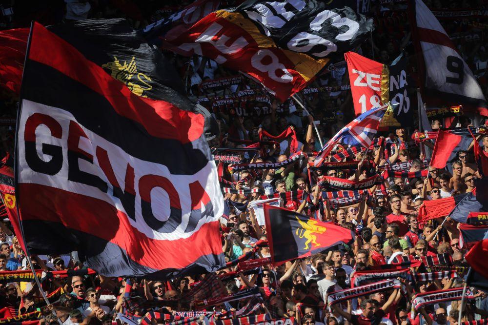 Pacchetto di caramelle colpisce l'arbitro: Genoa mutato 7000 euro