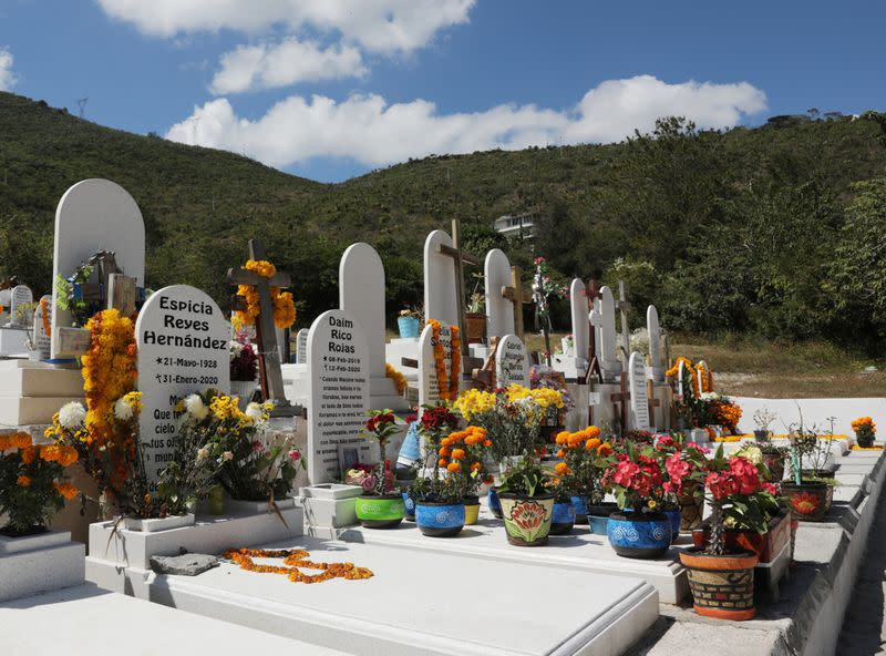 Corpses lie unclaimed on Day of the Dead in violent Mexican state