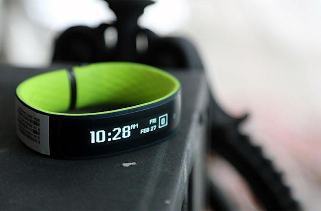 HTC's Grip fitness tracker is a promising, puzzling first step