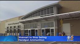 Walmart CEO calls on Congress to raise the federal minimum
