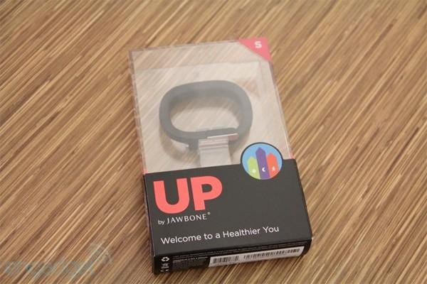 Jawbone offers 'no questions asked' refund for troubled Up band, even if you keep it