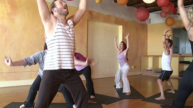 Laughter Yoga: A Good Punch Line Works Your Waistline