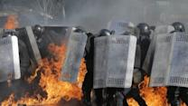 Raw: Deadly Clashes in Ukraine, Deadline Set