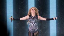 Shakira vai construir duas escolas para crianças carentes na Colômbia
