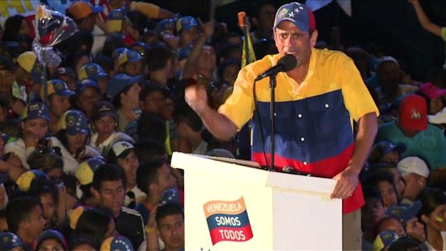 Capriles ends campaign with promise of change