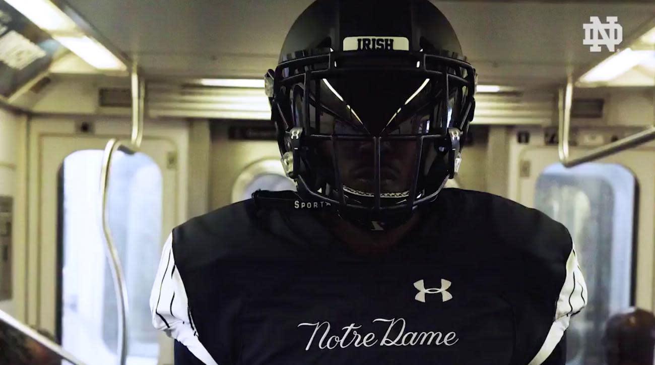 Photos Notre Dame Reveals Uniforms For Shamrock Series Game At Yankee Stadium