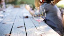 Así se puede seguir disfrutando del vino aunque haga mucho calor