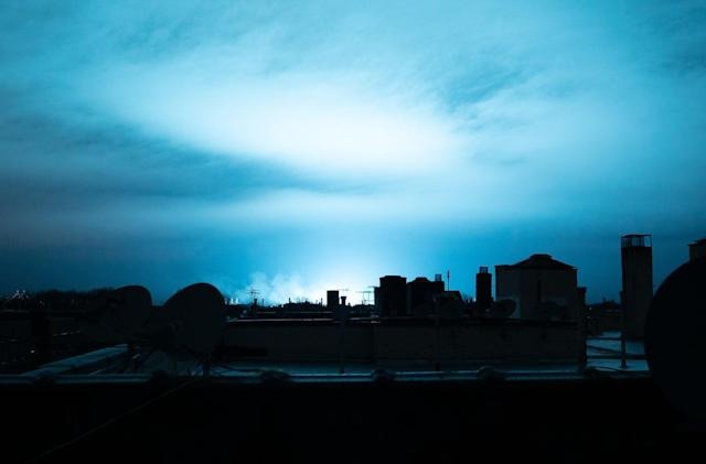 Electrical fault at power plant turned New York's skyline blue