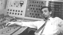 Phil Spector, Pioneering Music Producer and Convicted Murderer, Dies at 81