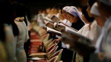Tailandeses católicos intentan preservar tradiciones centenarias y se alistan para llegada del Papa