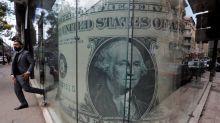 Dólar sube por segunda sesión e ignora dato récord de subsidios de desempleo en EEUU