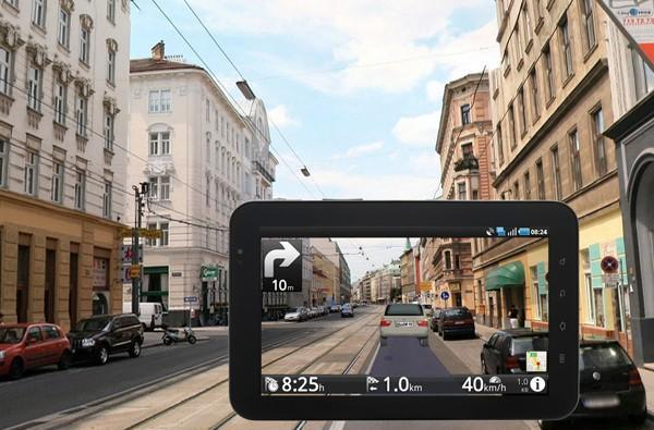Route 66 Maps + Navigation brings AR to the road, keeps drivers' eyes on their phones (video)