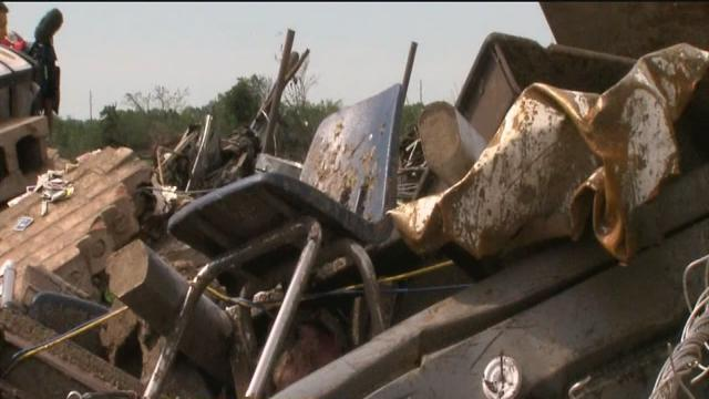 Memorial service, graduation planned for Moore after deadly tornado