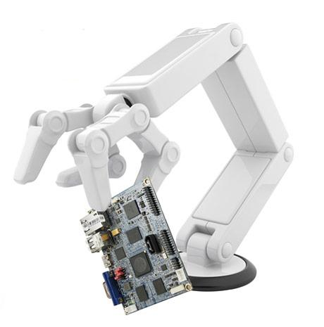 VIA makes its first ARM-based Pico-ITX board, adds dual graphics for your in-car pleasure