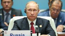 Putin critica política de dois pesos e duas medidas dos europeus