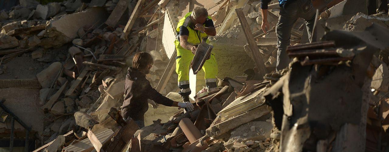 Italie : au moins 37 mortsdans un puissant séisme