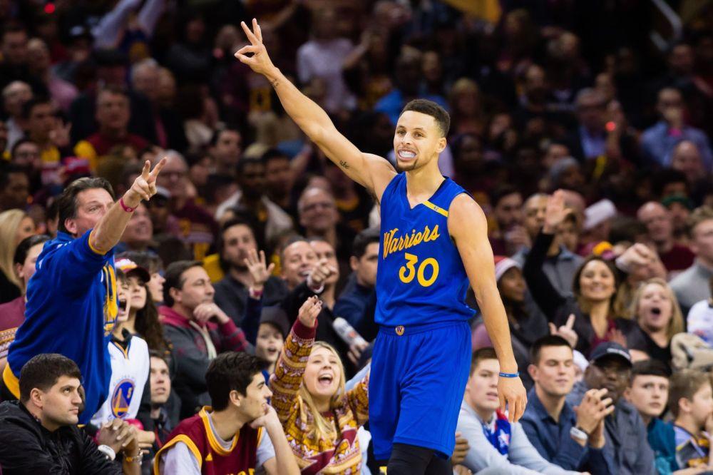 NBA》柯瑞三分11投0中創個人紀錄  勇士仍戰勝76人