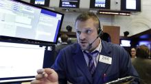 US stocks edge lower as busy earnings week starts; oil rises