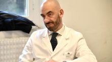 """L'infettivologo Matteo Bassetti: """"I 14 positivi nel Genoa Calcio? È la Waterloo dei tamponi"""""""