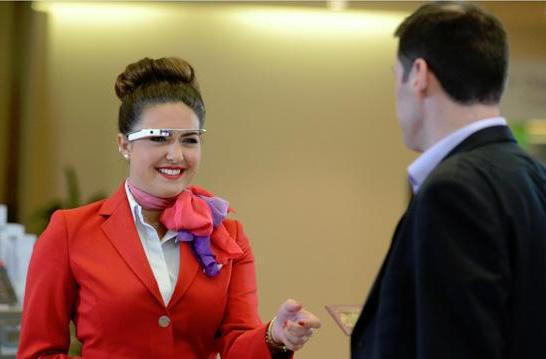 Virgin Atlantic tries greeting its passengers using wearable tech