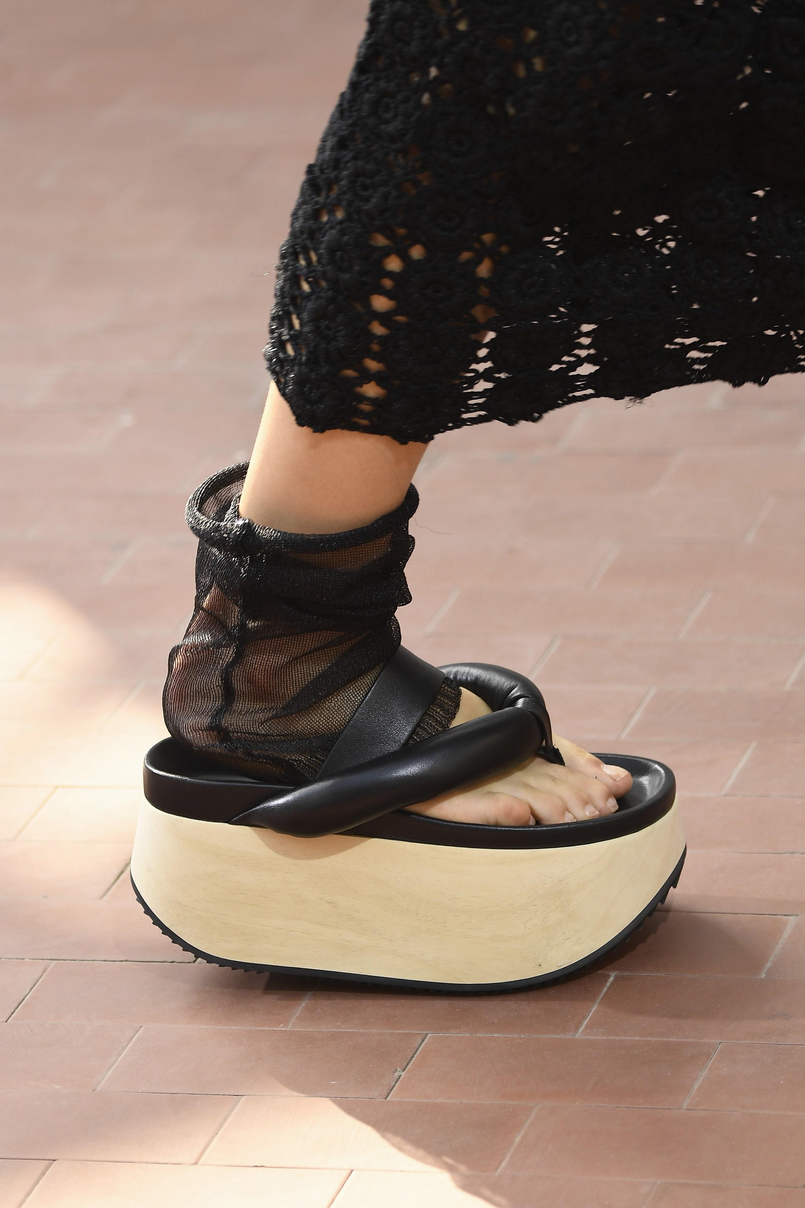 on feet images of new arrive finest selection 8 Spring 2019 Shoe Styles That Aren't Boots