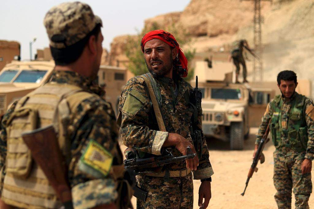 The US-backed Syrian Democratic Forces are fighting in the eastern Syrian province of Deir Ezzor to oust Islamic State jihadists from the town of Hajin