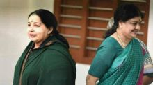 I-T attaches Jayalalithaa's properties held by Sasikala kin worth Rs 2000 crore