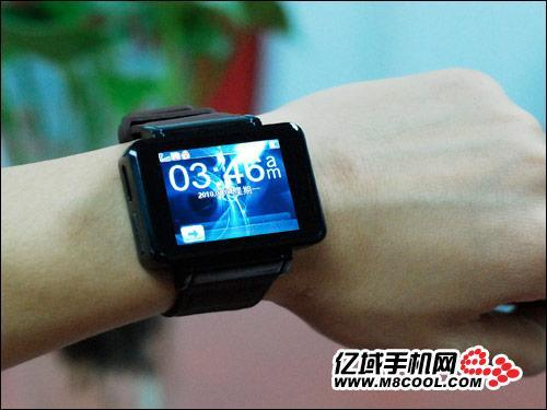 iPod nano watch gets knocked off, has little to worry about it