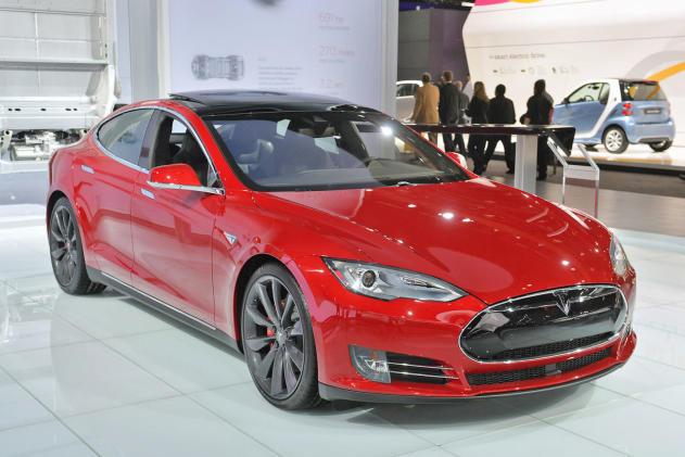 Insurance group: Tesla's Model S is safe, but not super safe