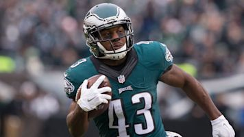 Another one: Sproles returning for 14th season