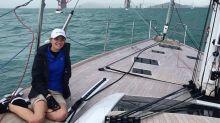 La historia de la australiana que dio la vuelta al mundo en barco, sola y con 16 años, tendrá película en Netflix