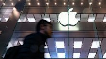 Apple Supplier Skyworks Cuts Sales and Profit Forecasts