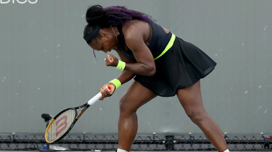 Serena rallies past Venus in sibling duel