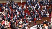 À l'Assemblée, les députés rendent hommage à la DRH de Charlie Hebdo, visée par des menaces jihadistes