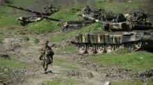 Confrontos violentos entre o Azerbaijão e separatistas armênios em Nagorno-Karabakh