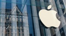 3 Reasons to Buy Apple Stock Ahead of End-of-Month Earnings Report
