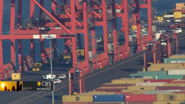 Dock strike could cost companies $1 billion a day