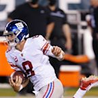 The Rush: Daniel Jones tackles himself in the Giants' loss to the Eagles